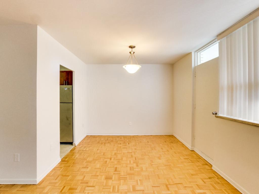 730 Dovercourt Road   Doversquare Apartments