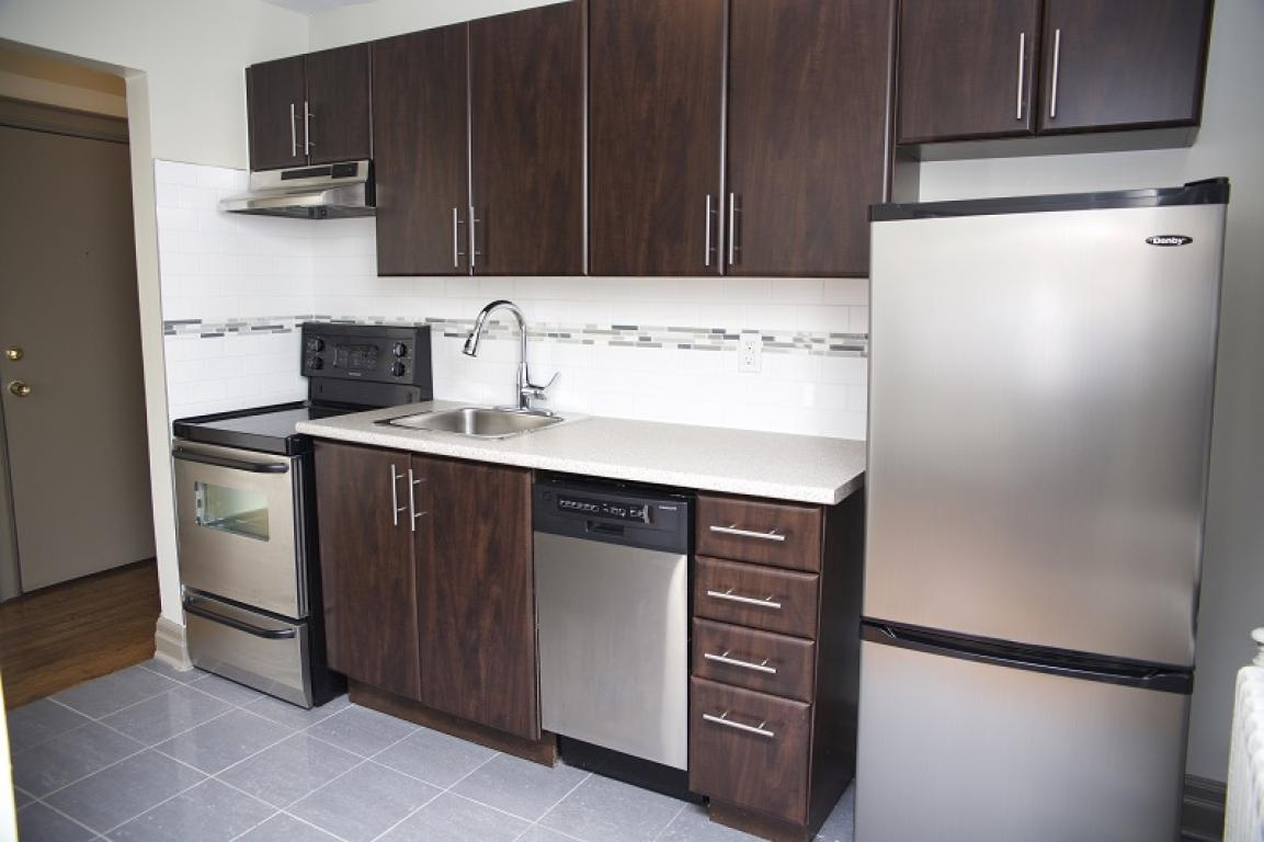 1 Bedroom Apartment Avenue Rd Toronto