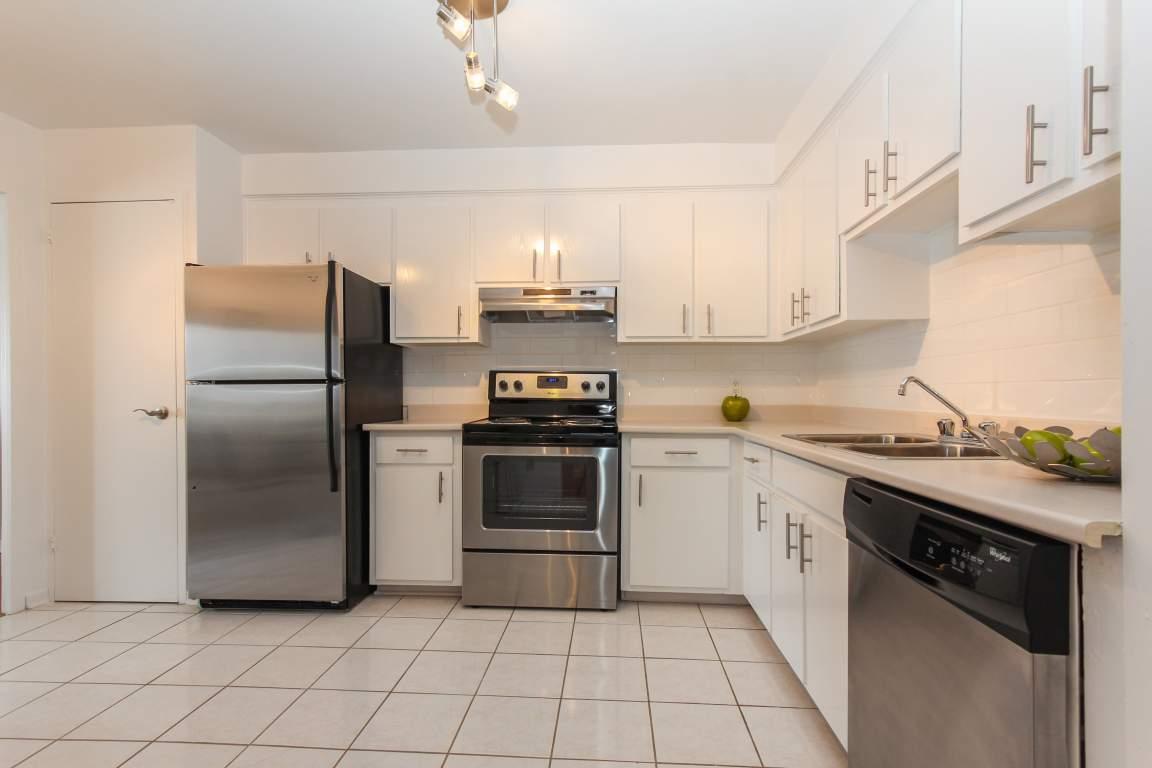 Pointe-Claire Appartement pour le loyer, cliquer pour plus de détails...