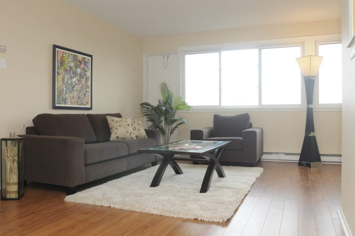Dollard-Des-Ormeaux Apartment for rent, click for more details...