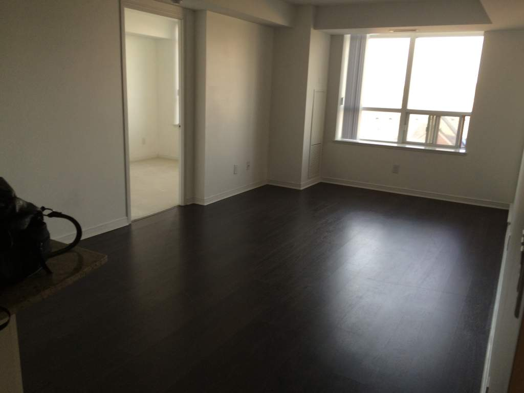 Richmond Hill 2 bedroom Apartment