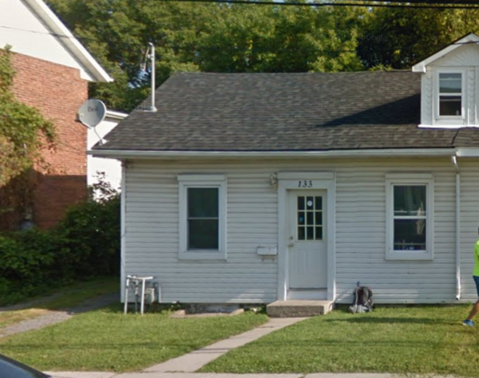 Kingston Maison urbaine pour le loyer, cliquer pour plus de détails...
