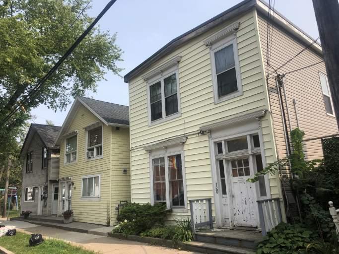 120-124 Ochterloney Street