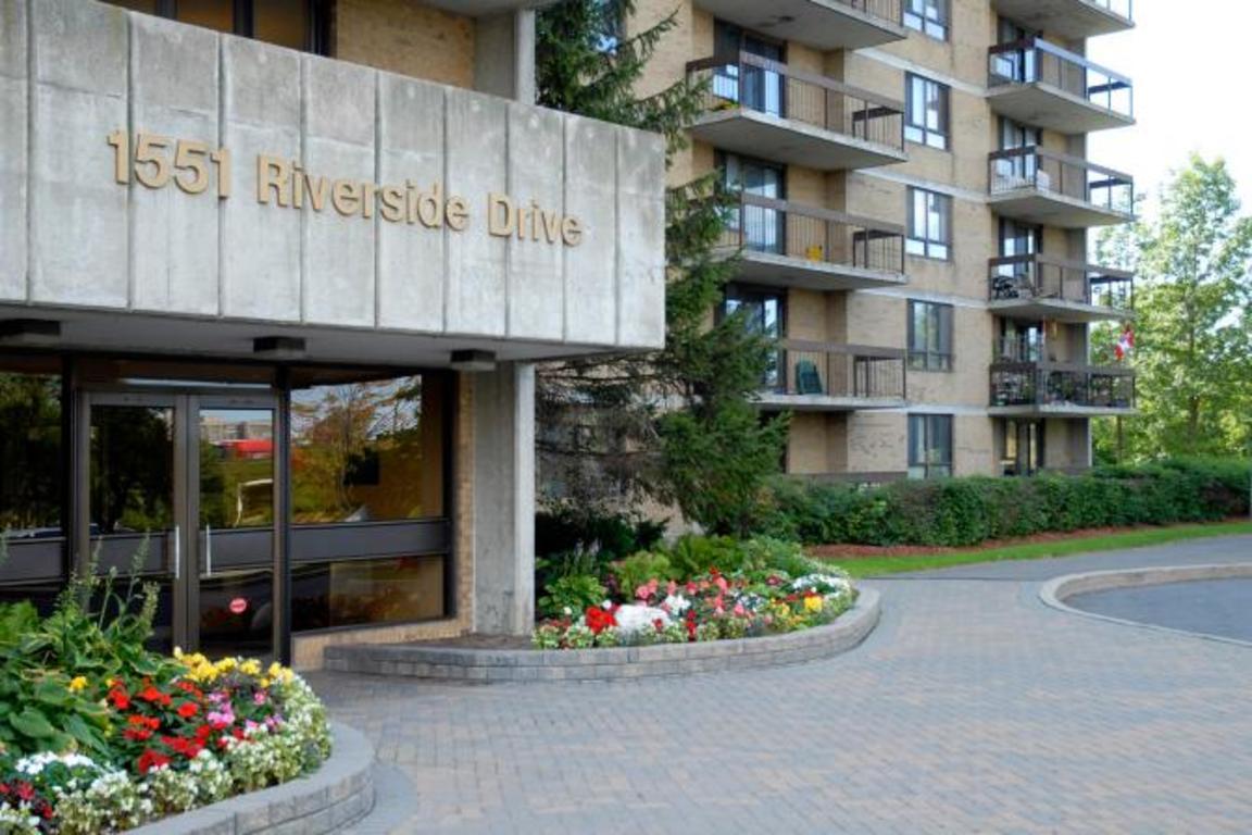 Ottawa East 3 bedroom Apartment