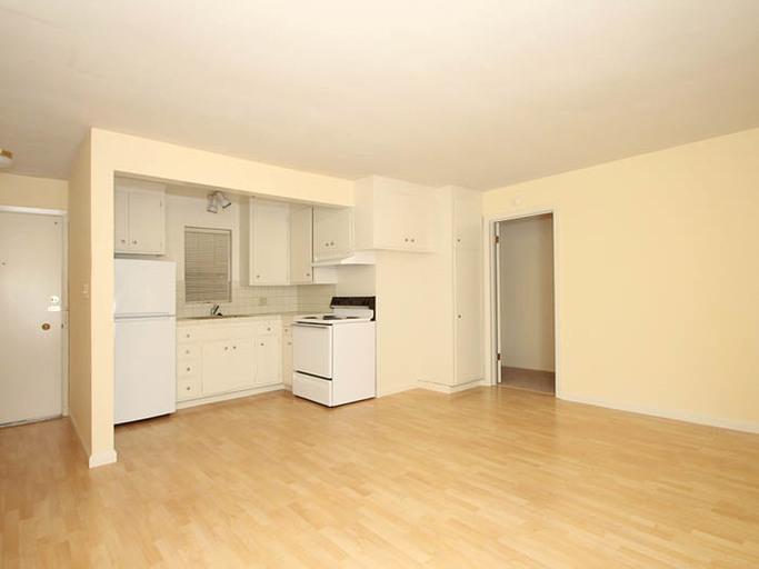 469 Grant Avenue