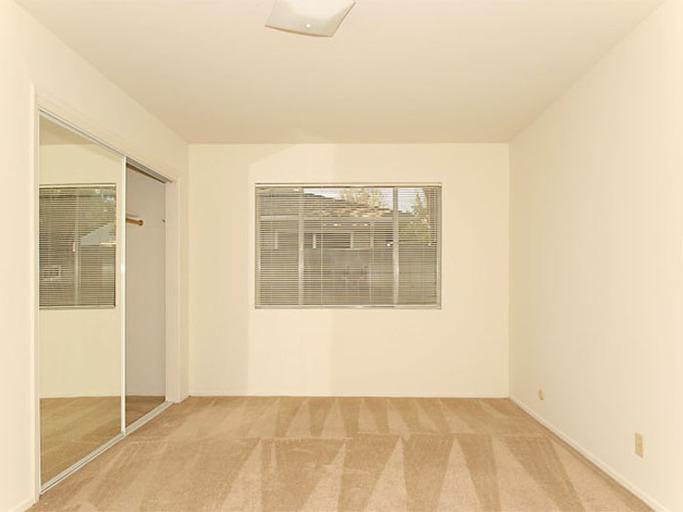 265 N Rengstorff Avenue