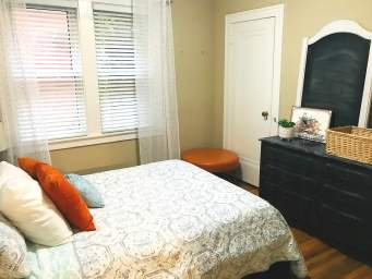 Home For Rent in  1090  Erie Street East, Windsor, ON