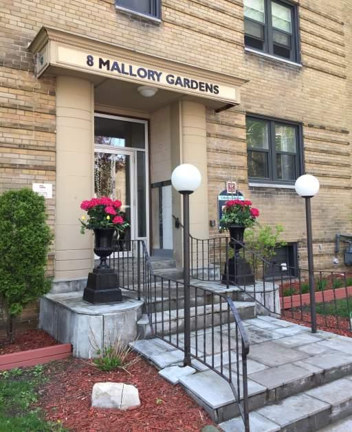 1 & 8 Mallory Gardens
