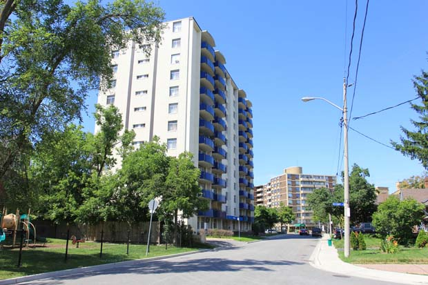 Toronto North 1 bedroom Apartment For Rent