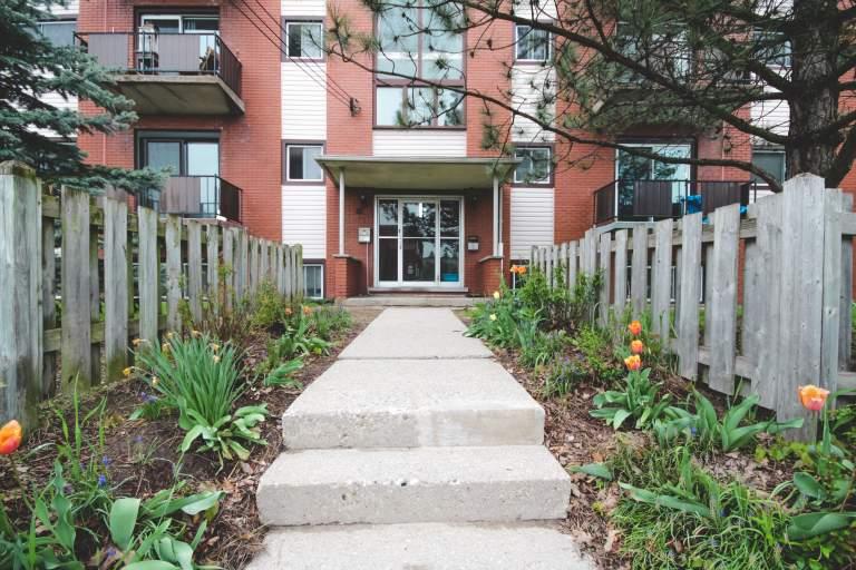 Hugo Place Apartments