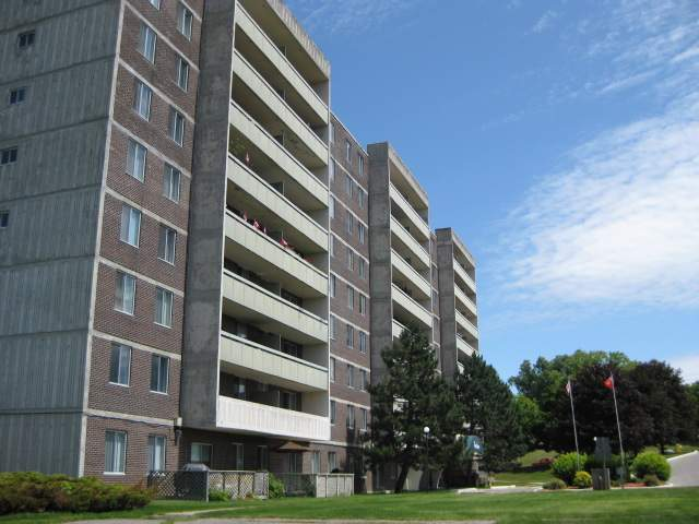 Parkview Apartments For Rent | Williams & McDaniel