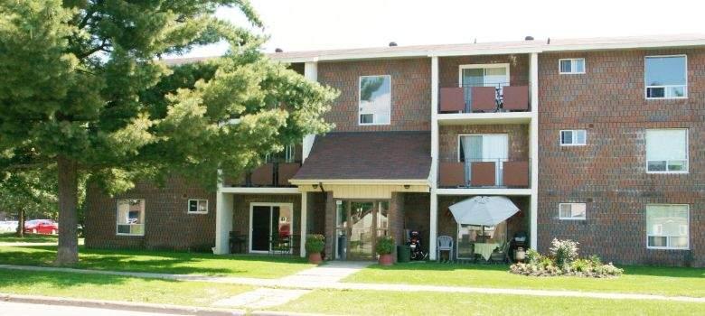 Fox Court Apartments