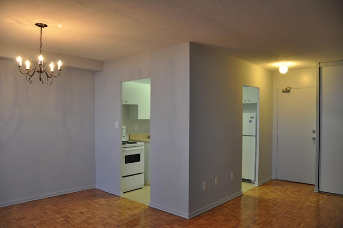 ab rent rentfaster v bedroom rentals spacious mission apartment two in calgary for ca apartments id