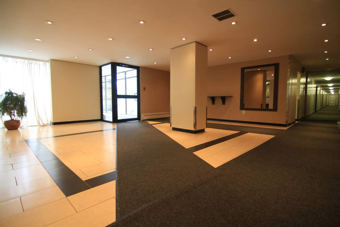 Super Camelot Towers 1001 Main West Hamilton Wilstar Management Home Interior And Landscaping Oversignezvosmurscom