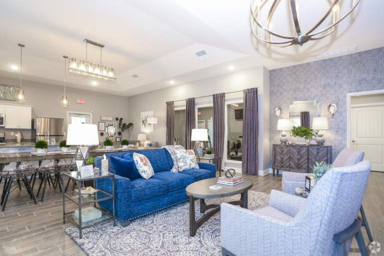 Lakeview Crossing Townhomes