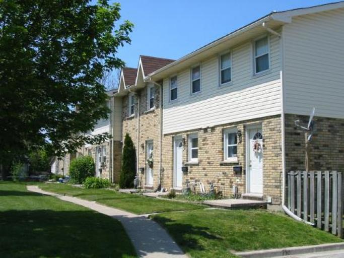 Huron Meadows Townhouses