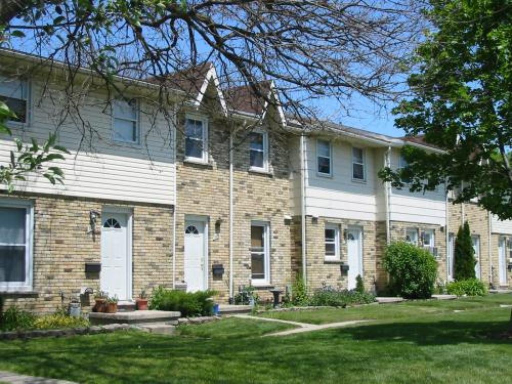 huron meadows townhouses for rent london york property
