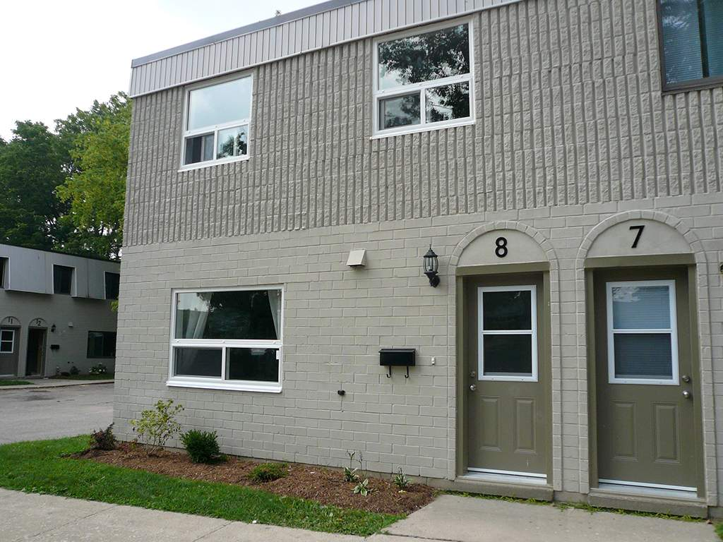 Ingersoll Townhouse for rent, click for more details...