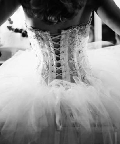 Principem Arabs Noctes Asnieres Sur Seine Créatrice de robe Styliste modéliste Créatrice de robe