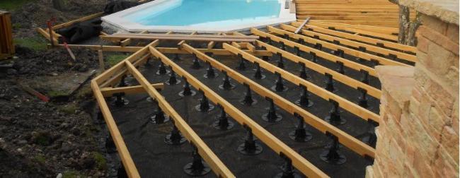 terrasse bois/revetement sol Plombier Peintre en bâtiment Menuisier Electricien Maçon