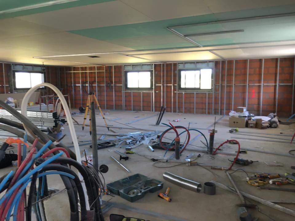 Plaquiste - Plâtrier RIVIERE SAAS ET GOURBY Plombier Peintre en bâtiment Menuisier Electricien