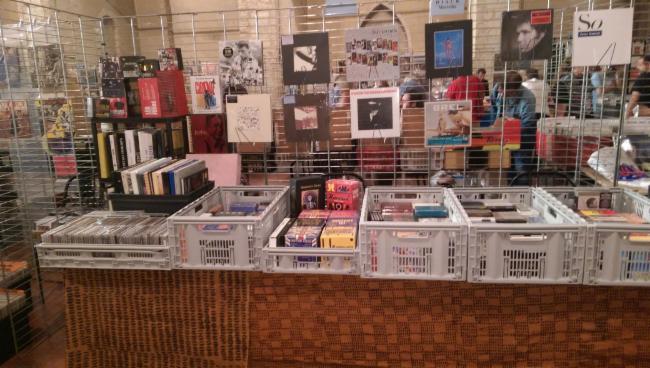 MODUSTRESOR Marseille achat et vente de CD/DVD/VINYLES etc achat-vente CD/DVD/BD/Vinyles achat et vente de CD/DVD/VINYLES etc