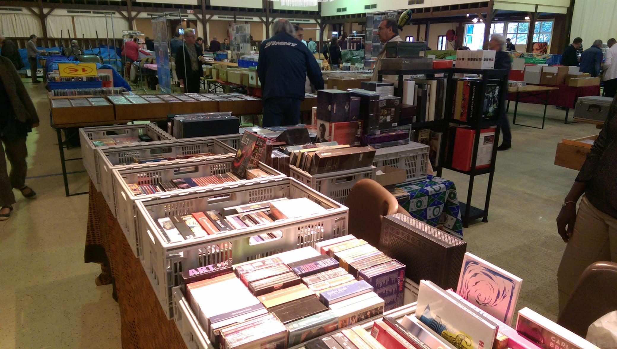 5 achat et vente de CD/DVD/VINYLES etc achat-vente CD/DVD/BD/Vinyles achat et vente de CD/DVD/VINYLES etc