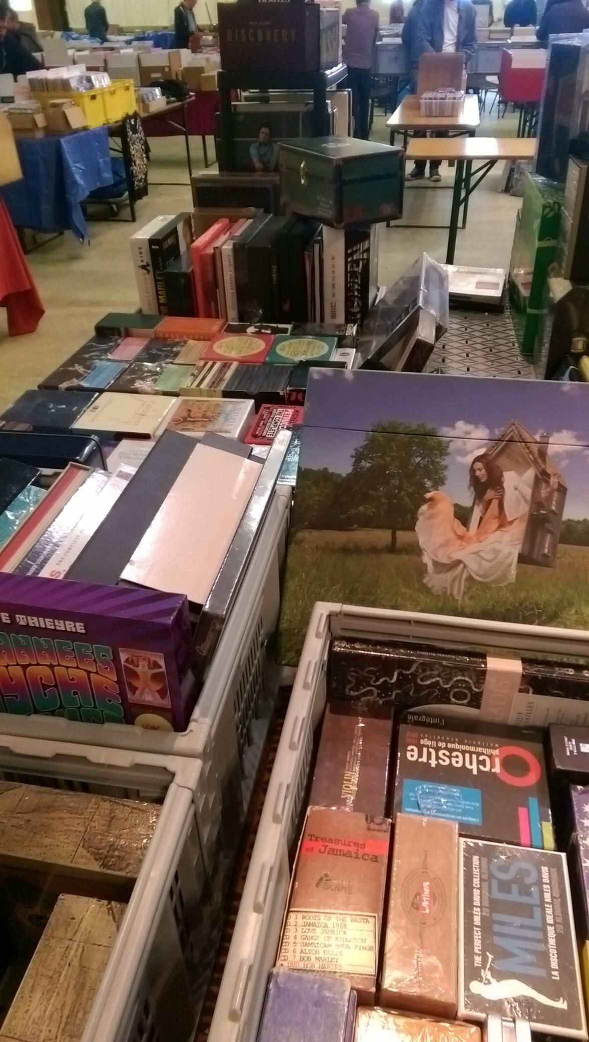 6 achat-vente CD/DVD/BD/Vinyles achat et vente de CD/DVD/VINYLES etc achat-vente CD/DVD/BD/Vinyles achat et vente de CD/DVD/VINYLES etc