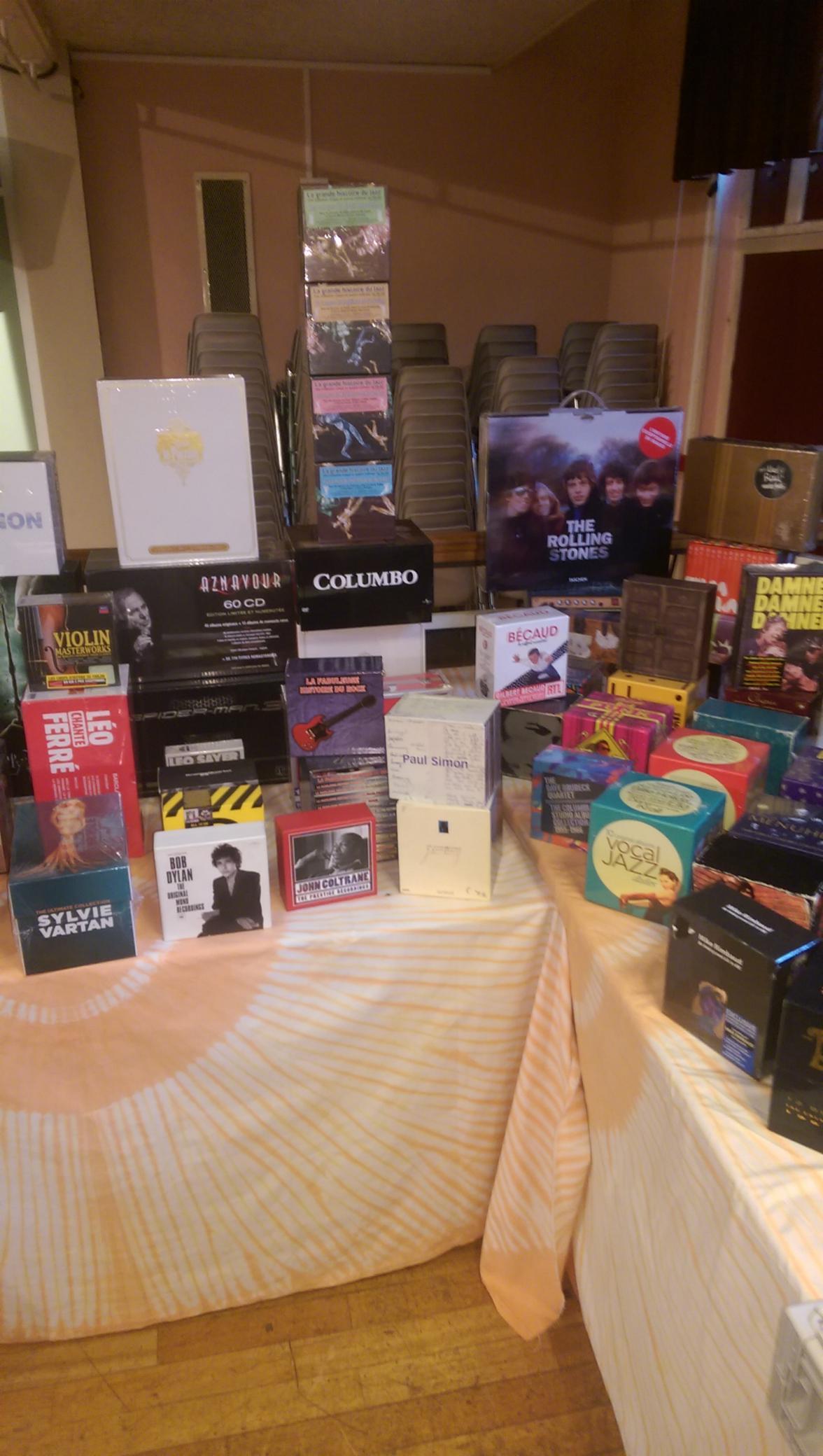 8 achat-vente CD/DVD/BD/Vinyles achat et vente de CD/DVD/VINYLES etc achat-vente CD/DVD/BD/Vinyles achat et vente de CD/DVD/VINYLES etc
