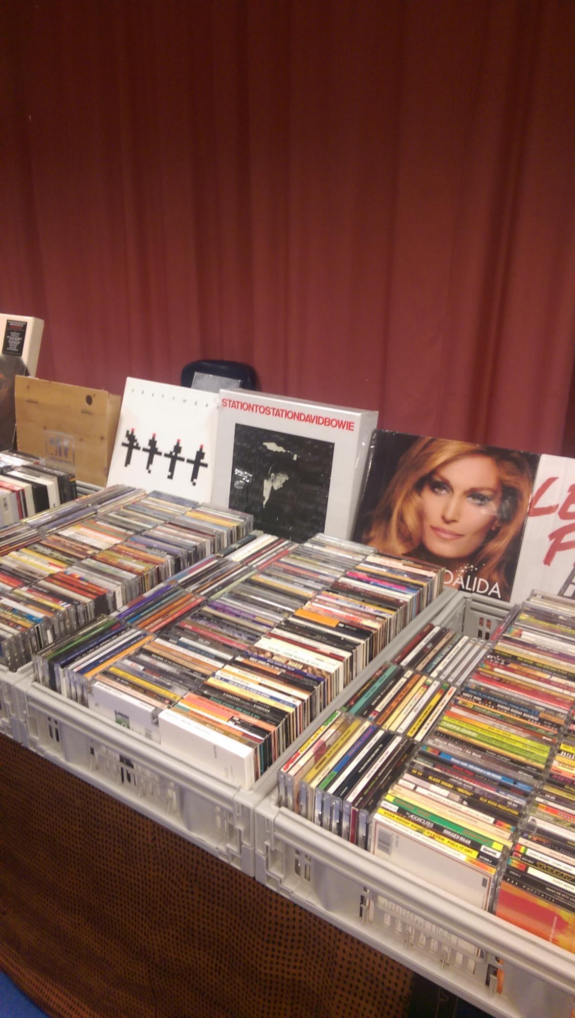 10 achat-vente CD/DVD/BD/Vinyles achat et vente de CD/DVD/VINYLES etc achat-vente CD/DVD/BD/Vinyles achat et vente de CD/DVD/VINYLES etc