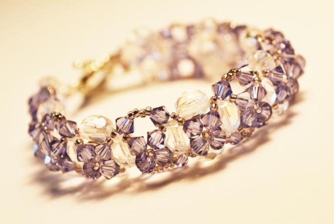 Melyperles Hénin-Beaumont Création de bijoux fantaisie Réparation de vos vieux bijoux fantaisie Création de bijoux fantaisie