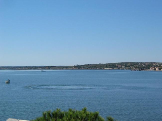 Groupe LG de Berdouaré Brest Exploitation des résurgences d'eau douce en mer Aide aux pays en manque d'eau potable.