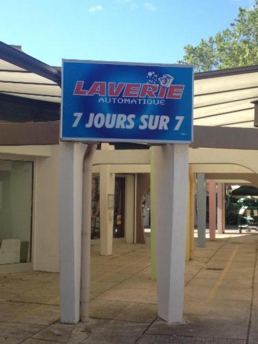 EDEN LAVERIE LA GRANDE MOTTE LAVERIE AUTOMATIQUE Libre service LAVERIE AUTOMATIQUE