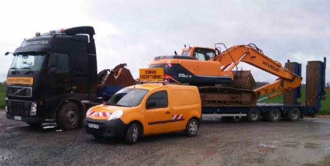 SAS DCT THUMEREL TRANSPORT Fruges location de pelle avec chauffeur démolition Terrassier