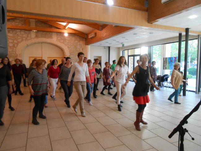 Atelier danses irlandaises spectacles jeune public bals fok concerts festifs défilé de carnaval bal de carnaval