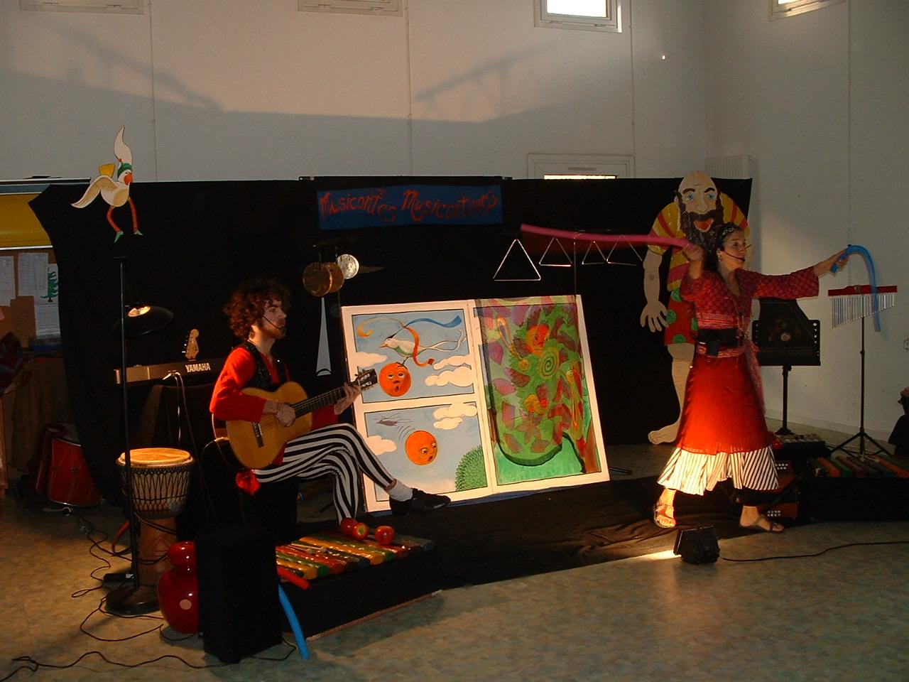 la page pro Gignac spectacle musical jeune public spectacle de Noël bal trad trio de vents