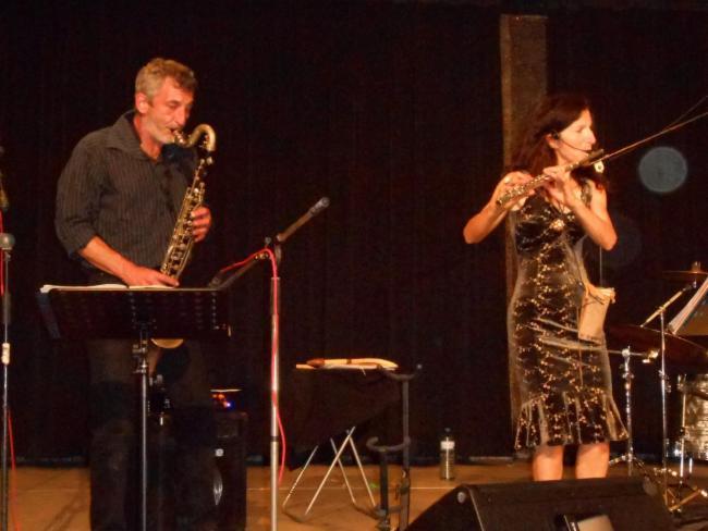 Fabienne et Sylvain spectacle de danse musique en maison de retraite musique pour les seniors