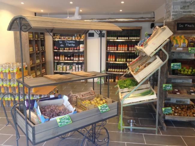 Arrivage Fruits et Légumes de Saison Vente de produits biologiques Magasin Bio Vente de produits biologiques