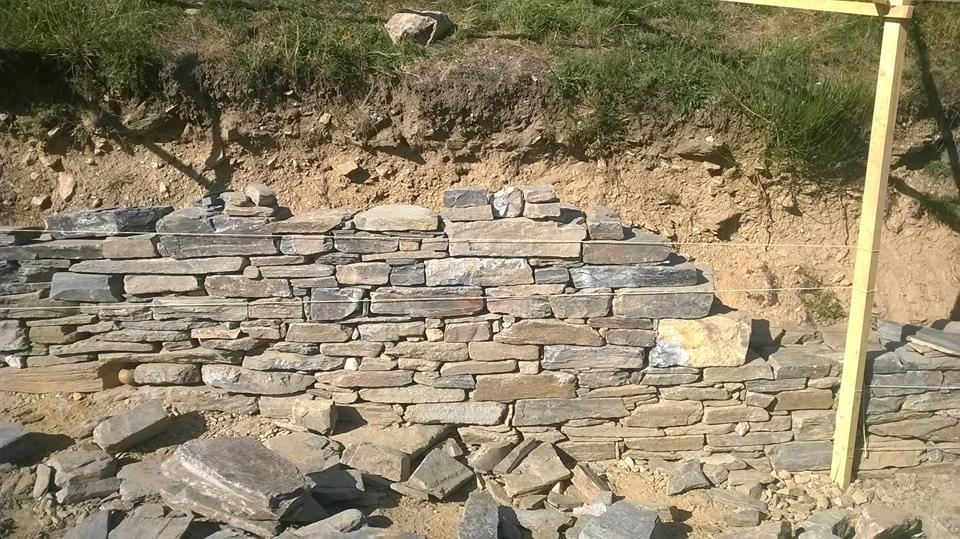 """1 """"Mur-Muret"""" en pierres sèches Soudorgues Tailleur De Pierre, Murailler Murailler en pierres sèches"""