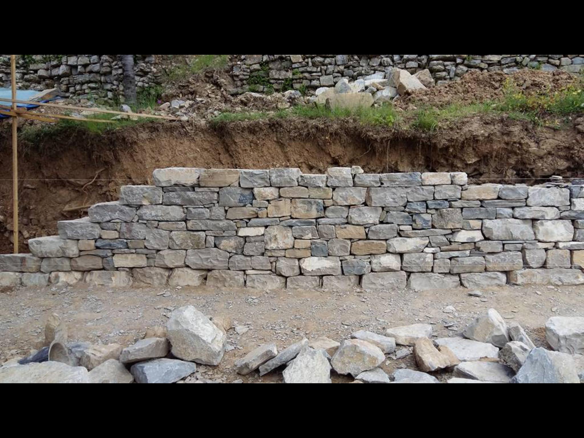 3 Soudorgues Murailler en pierres sèches Maçon Tailleur De Pierre, Murailler Murailler en pierres sèches