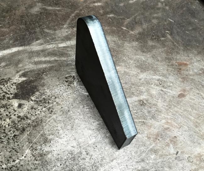 Coupe sur Acier Tolerie - Chaudronnerie Chaudronnerie Table de manutention Serrurerie Découpe laser