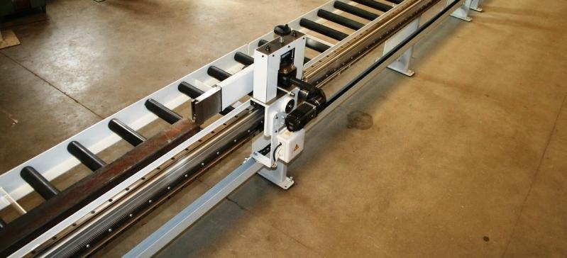 7 Tolerie - Chaudronnerie Chaudronnerie Table de manutention Serrurerie Découpe laser