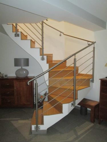 Main courante escalier Tolerie - Chaudronnerie Chaudronnerie Table de manutention Serrurerie Découpe laser