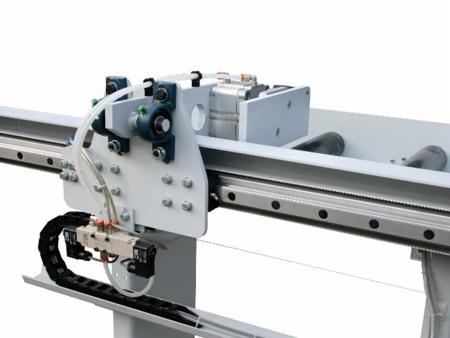 Butée de mesure et pince d'amenage Chaudronnerie Secmi Serrurerie Découpe laser Flotte SECMI