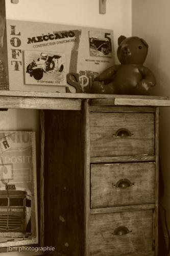 Conseils déco AMK Déco Relooking de meubles Conseils déco Envie d'un nouvel intérieur ? De nouveaux meubles ? Mon but est de vous aider à mener à bien vos projets et les réaliser.