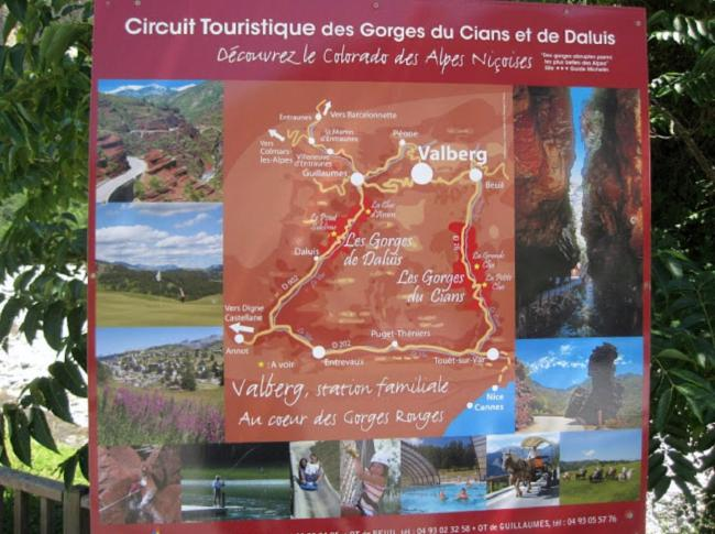 Circuit de 1heure30 Hôtel-Réstaurant-gîtes d'étape Service à L'accueil Hôtel-Réstaurant-gîtes d'étape Service à L'accueil Hôtel-Réstaurant-gîtes d'étape