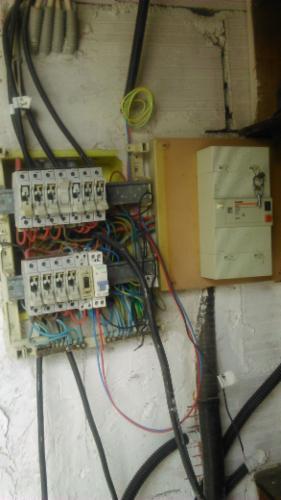 Tableau électrique avant rénovation Electricien ELEC d'OC Electricien Electricien Electricien