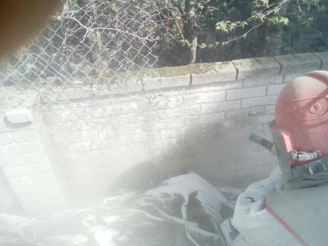 Aérogommage de la pierre microbillage restauration automobile rénovation peinture façade