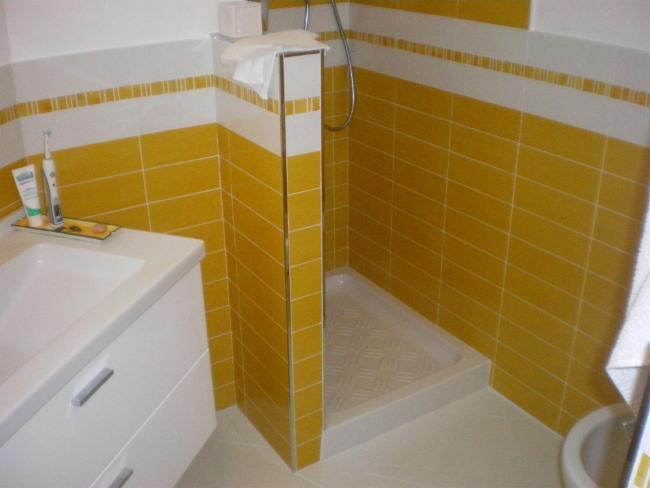 Peintre en bâtiment Plaquiste - Plâtrier Installateur sanitaire Travaux de maçonnerie générale,carrelages,peintures et rénovation