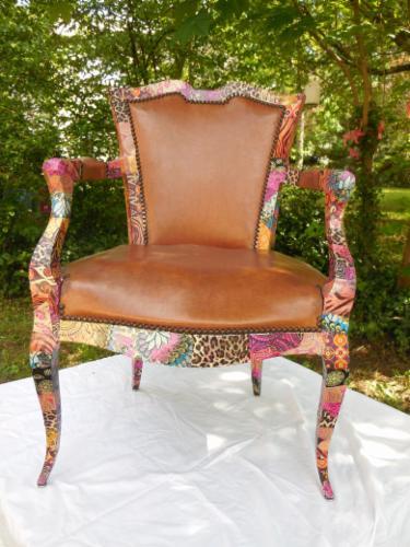 Fauteuil, chaises et assises décoration de meubles, relooking La Baronne Persinette décoration de meubles, relooking